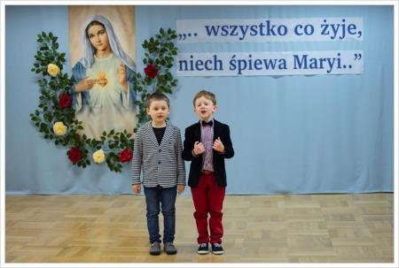 """Przedszkolny Przegląd Pieśni Maryjnych pt. """" Wszystko co żyje, niech śpiew"""