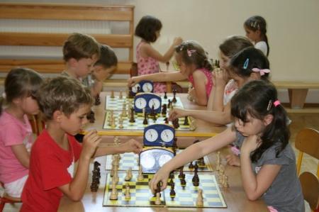 Turniej szachowy w grupie 5 i 6 latków