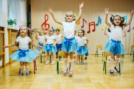 Pokaz taneczny w grupie 4 latków