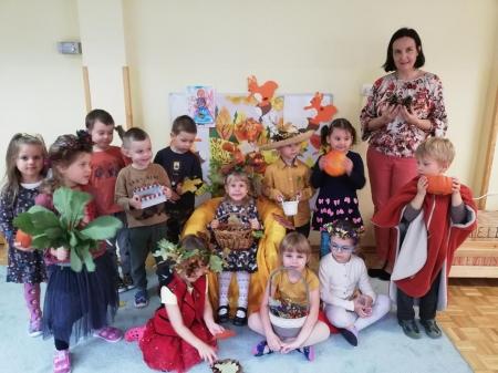 Powitanie Pani Jesieni – grupa 4 latków ( 23 września 2021 r.)