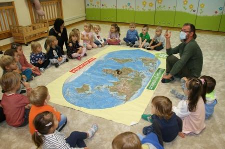 """Warsztaty przyrodnicze """"Mapa świata zwierząt''"""